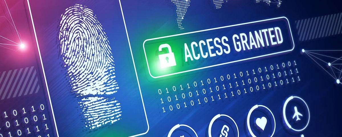 """Bildschirm mit Fingerabdruck links und Zahlen und """"Access Granted"""" Schriftzug rechts"""