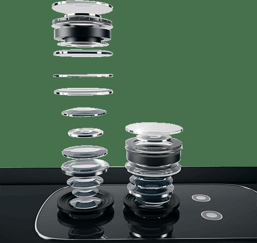 Kamera eines Smartphones in Einzelteilen